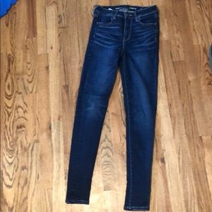 American Eagle long high-waisted jeans